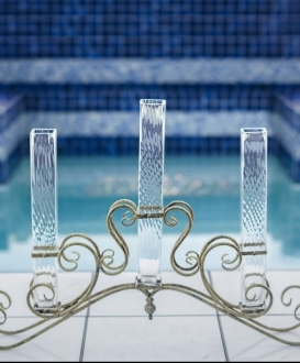 Elegant Iron and Glass Vase Centerpiece